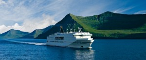 Ferry Smyr Line Islande